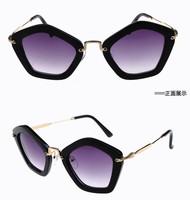 2014 High Quality Anti-uv 400 Parent-child glasses Frog Kids Sunglasses Brand new Free shipping