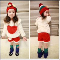 New arrival , Christmas hot retail,  girls long sleeves berber fleece white with love heart applique top+short  pant 2 pcs set