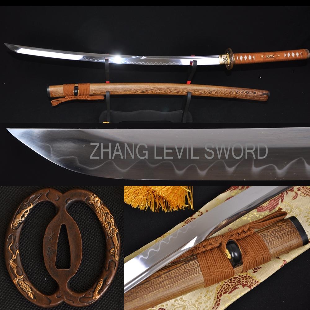 Clay Tempered UNOKUBI-ZUKURI Blade DRAGON MUSASHI TSUBA JAPANESE SWORD KATANA(China (Mainland))