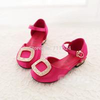 An agent on behalf of Wenzhou shoes wholesale children's 2014 summer new sandals Buckle Rhinestone Girls