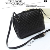 Korean Style 2014 New European And American Restoring Ancient Ways Fashion Trend Women Shoulder Bags Lady Crossbody Packet