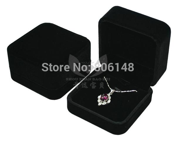Free Shipping 7*7*4 CM High Grade Velvet Earrings Necklace Pendant Jewelry Gift Box Wholesale Velour Necklace Pendant Set Box(China (Mainland))