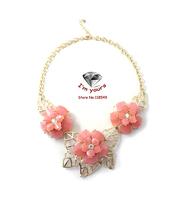 XL8779 SUMNI pink /light blue The golden leaves short necklace