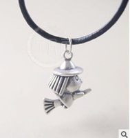 925 sterling silver pandent flying broom  cute style wholesale jewellery