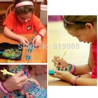 2014 hot sales DIY Fashion Loom Set 600 Bands kit Rubber Bands hook Bracelets for Kids free shipping