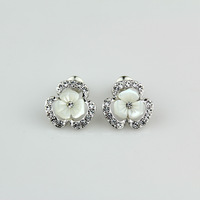 2014 exquisite stud earring white shell flower stud earring silver earring