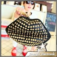 Fashion Hot Sell Women Famous Brand Cell Phone Bag Rivet Crossbody Kiss Lips Shoulder Bags Chain Straps