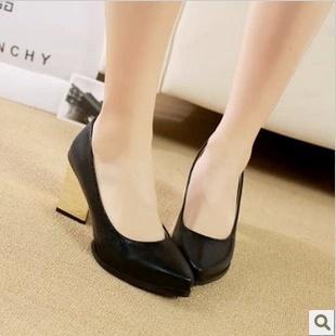 frete grátis ms euramerican estilo documentário alta sapatos, lantejoula adorno, apontou alta- sapatos de salto(China (Mainland))