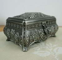 L-Size European Carved Grapes Jewelry Box Packaging Princess Storage Box Home Decor Crafts Gift