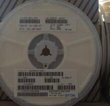 FREESHIPPING SMD ceramic capacitors 1005 0402 330NF 334 K file 10V 16V(China (Mainland))