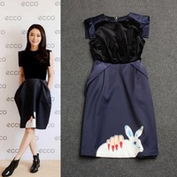 Free shipping 2015 fashion hand rabbit print women's O neck high qulaity brand design stitching velvet dress