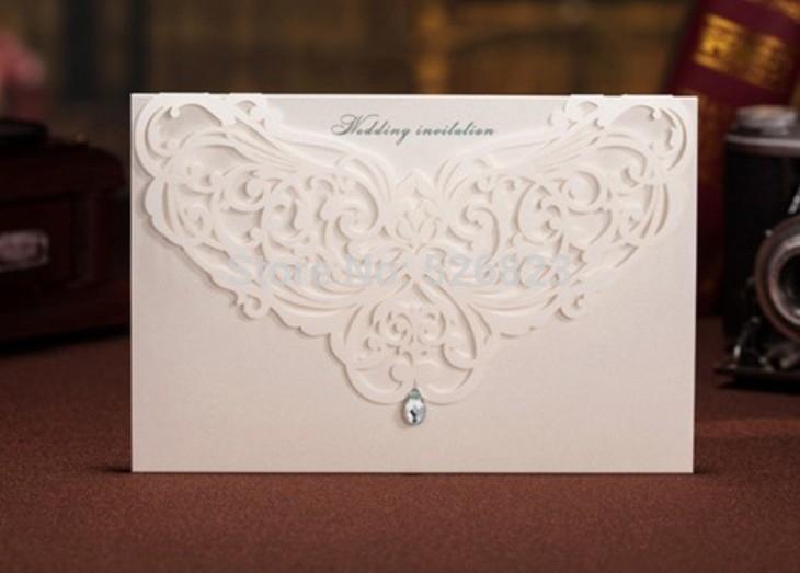 Criativo marfim corte a laser cartão de convite personalizado festa de casamento festa kit cartão 100 pçs/lote expresso grátis frete(China (Mainland))
