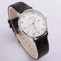Long -wave classic upscale fashion ladies leather casual watch movement waterproof Calendar watch 8860a-1