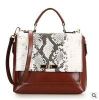 Free shipping 2015 NEW 100% Genuine leather women messenger  bag ,snake pattern leather handbag, fashion women handbag