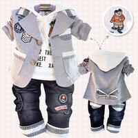 Retail 1 Set New 2014  Autumn Children Clothing Set Baby Coat + T Shirt + Pants 3 pcs Bear patch printing Newborn Clothes Sets