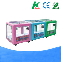 Hot sale colorful coin operated gift mini crane game machine/mini vending machine/mini toy crane machine