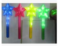 hot selling novelty The five-star seven rainbow lights flashing glo-sticks rod LED large glo-sticks hollow out sticks flashlight