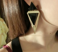 New Coming Fashion Slimming Big Triangle Stud Earrings For Women