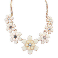 Wholesale jewelry sweet candy colored flowers clavicle chain necklace fashion jewelry exports