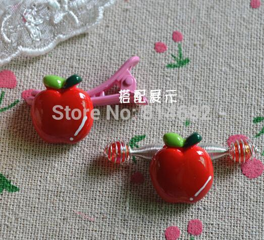 1.7cmx2.0cm Cartoon Apple Flat Back Resin Apple For DIY Phone decoration /nail art /Scrapbooking(China (Mainland))