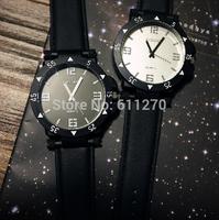 Male and female high school students big dial watch, South Korea retro watches fashion quartz watch