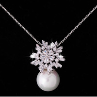 Quality elegant ladies gentlewomen inlaying zircon necklace pearl shell pendant