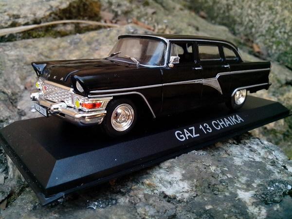 1:43 alloy car model GAZ 13 CHAIKA Soviet cars Gaz seagulls CCCP cars toys for children(China (Mainland))