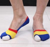 Free Shipping !!! New Design 1 Lot / 5 Pairs Factory Brand High Quality Noevelty Men's Socks Invisible Socks big toe Boat Socks
