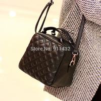 Wholesale 2014 spring and summer handbags Quilted Korean retro fashion handbags handbags shoulder diagonal portable tide