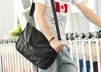 2014 New Men's Tactical Black Vintage Leather Punk Rivet Messenger Shoulder Bags Fashion Designer Cross Body Bag Sacoche Men