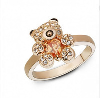 Lovely heart full drill Crystal Bear Ring Pooh Bear Ring Golden and silver 2 color options