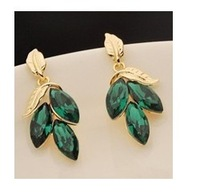 5pairs/lot Super flash Green Leaf Earrings  A1177