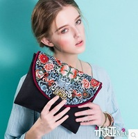 Original design new arrival chinese embroidery women handbags women day clutches bags ipad bags