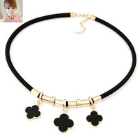 Fashion Bohemian PU Leather Rope Choker Necklaces Clover Flower Pendants Collar for Women Jewelry Bijoux
