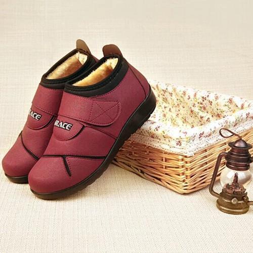 2014 novos sapatos de inverno macio antiderrapante inferior Mulheres de algodão sapatos acolchoados mulheres inverno botas de meia-idade idosos(China (Mainland))