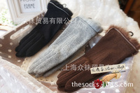 The new single-day classic leather glove side high-grade rabbit fur gloves 80% wool cashmere gloves female winter