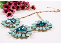 2014 Trendy Necklaces pendant Link chain collar exaggerate resin rhinestone three flower pendant&necklace for women