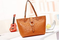 Fashion Casual Women Bag New Arrival Embossing Letter Shoulder Bags for Women European and American Leather Handbag Famous Brand