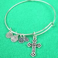 Hot Sale Vintage Cross Expandable Wire Bangle Charm Bracelet Silver Tone