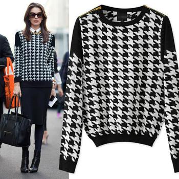 Om002 новое поступление осень черный и белый женщин свитер тонкий свободного покроя о-образным вырезом полный пуловеры бесплатная доставка горячее надувательство в европейских