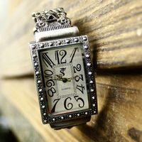 Fashion vintage retro finishing capitales large dial bracelet watch women's watch