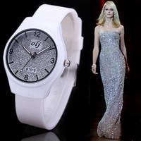 случайные золотые часы Часы женщин 2015 кварцевые часы люксовый бренд для девочек новые наручные часы relogio femininos