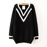 2014 Brand New Fashion Ladies Black/white V Neck preppy style Full Sleeve Pullover Sweater Sweaters Cardigan