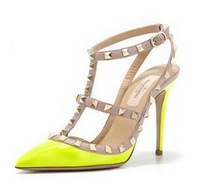 Women Rockstud Patent Sandal T-strap with one strap across instep wedding Patent Sandals pumps