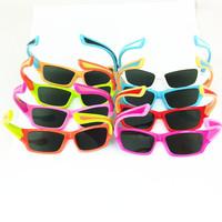 Free Shipping silicon spectacle frame children polarizer 8colors sports design coating sunglass black lens designer sunglasses