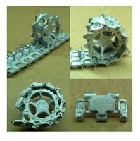 U.S. M113 tank model 1:35 Metal track and wheels   Assembled model