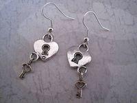 24pair *HEART LOCK AND KEY PADLOCK* Tibetan Silver Earrings SP 40MM LK796