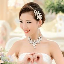 2014 Fashion New Korean Daisy Diamond Jewelry Bride Crown Bride Necklace Three-piece Suit Marriage Gauze Accessories