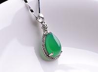 Transshipment is pure zirconium crystal pendant green agate