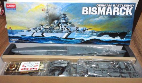 Academy 14109 1/350 Scale Bismarck German Pocket Battleship Plastic Model Kit Free Shipping(China (Mainland))